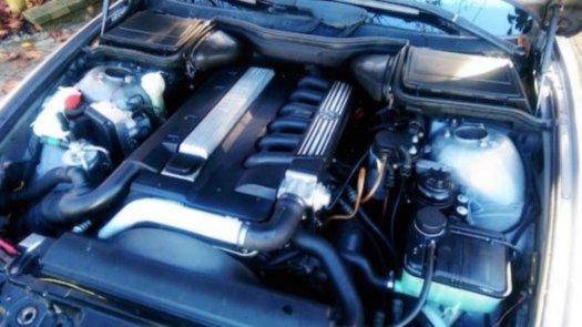 Prodám motor z BMW e39 525tds 105kw 256T1 , najeto 250tis km