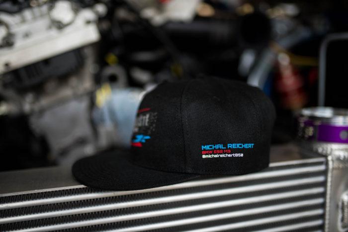 Černá kšiltovka BMW Vrakoviště Chotětov rovný kšilt