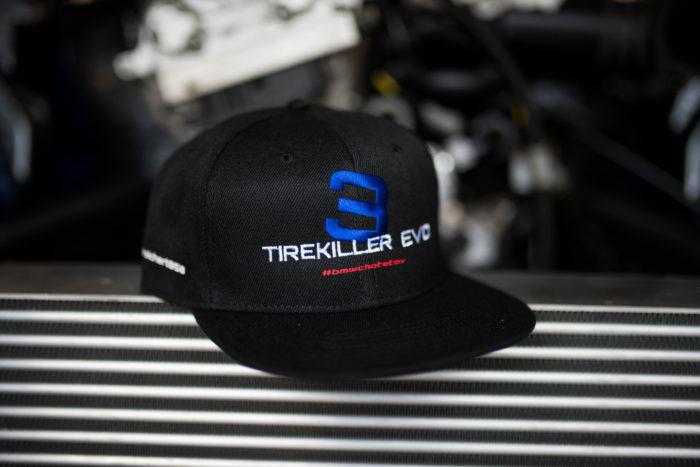 Černá kšiltovka Tirekiller Evo 3 rovný kšilt